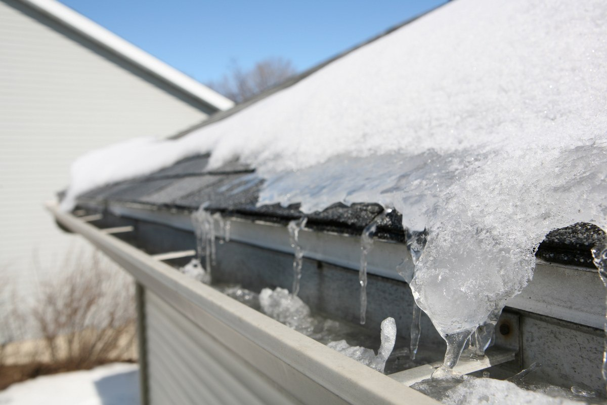 winter roof inspection dfw